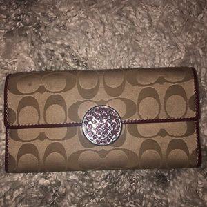 Signature Coach wallet